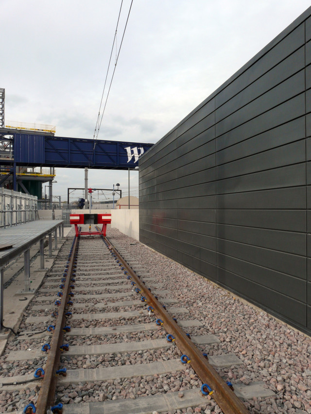 Staff accommodation and new track at Stratford Station